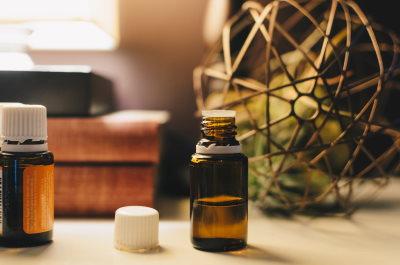 I migliori oli essenziali per allontanare le zanzare