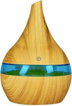 Diffusore per ambienti colore legno chiaro. Ultrasuoni